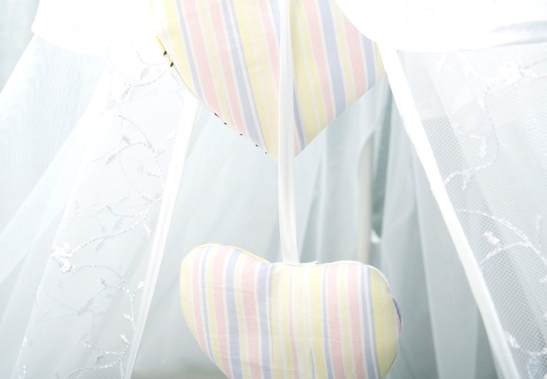 Постельное белье в кроватку Конфетти 7 предметов фото розовый